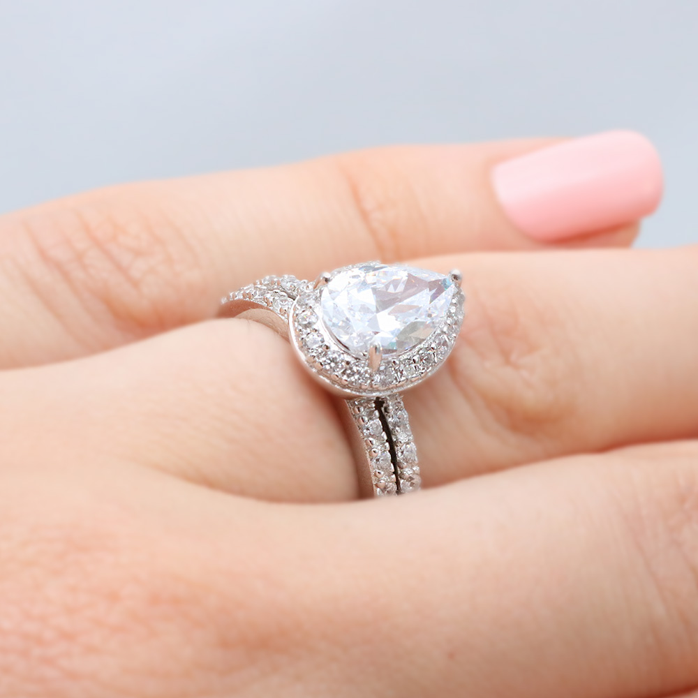 with wedding rings ring band engagement shaped pear halo for